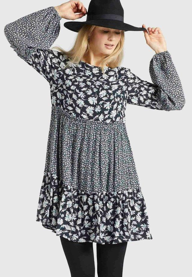 GRANATA - Korte jurk - schwarz weiß