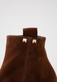 Pedro Miralles - Ankle boots - castano - 2