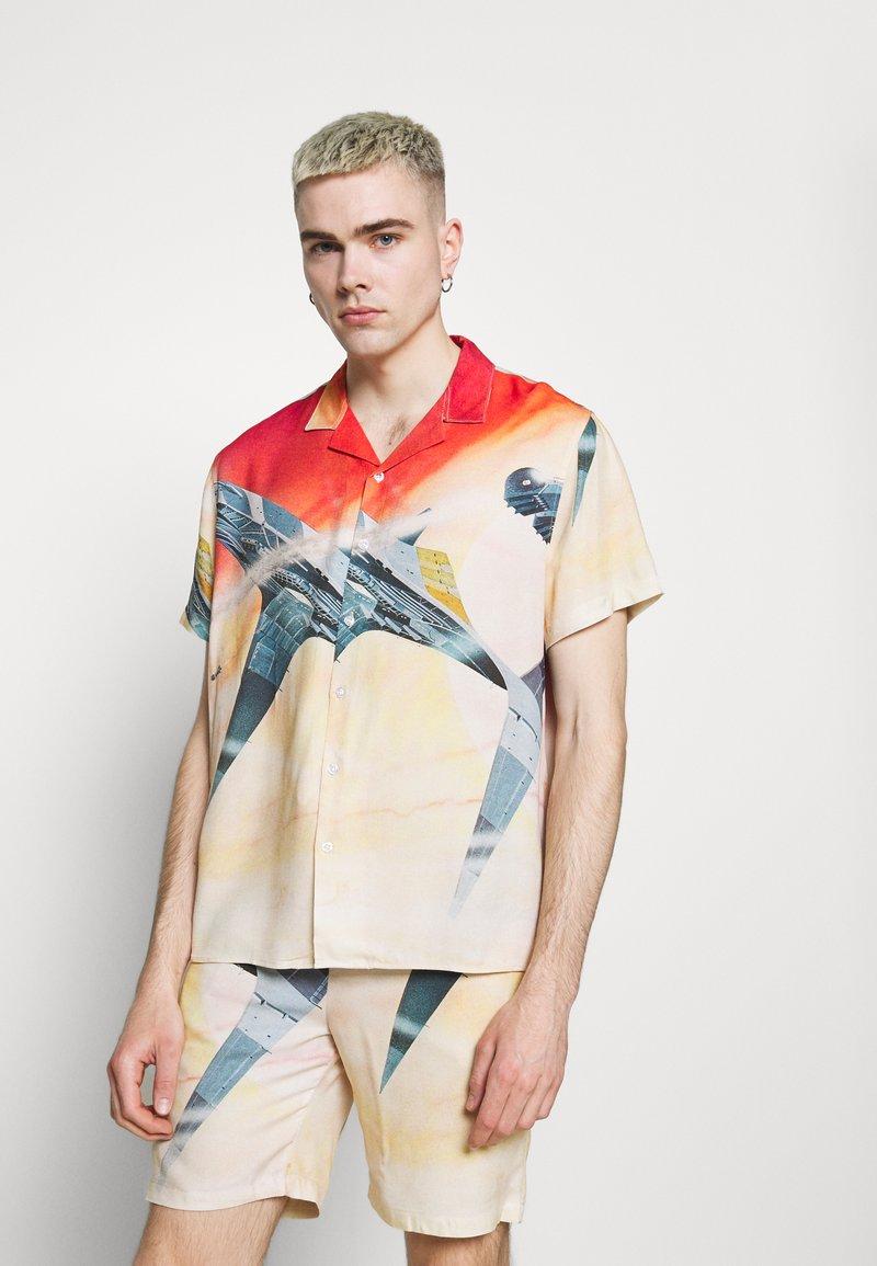 PRAY - STAR UNISEX - Shirt - multi-coloured