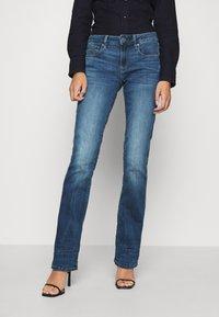 G-Star - 3301 MID BOOTLEG - Jeans bootcut - medium indigo - 0