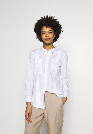 UTILITY  - Button-down blouse - white