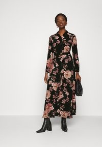 Vero Moda - VMSUNILLA BELT ANCLE DRESS - Maxi šaty - black - 1