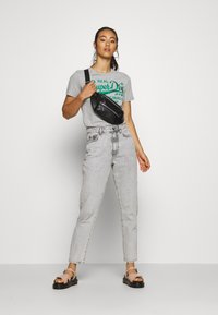 Superdry - PIPING ENTRY TEE - T-shirts med print - grey - 1