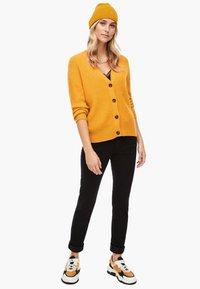 s.Oliver - Beanie - yellow - 1