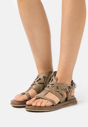 Sandaler - africa