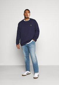 Jack & Jones - JJIGLENN JJORIGINAL - Straight leg jeans - blue denim - 1