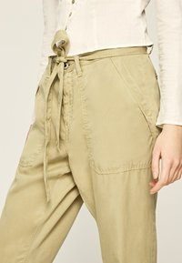 Pepe Jeans - DRIFTER - Stoffhose - herb - 3
