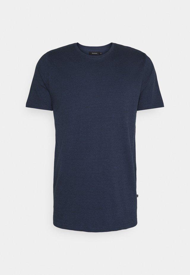 JERMANE - T-shirt basic - dust blue