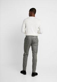 Tommy Hilfiger Tailored - BLEND PANTS - Spodnie materiałowe - grey - 2