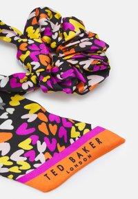 Ted Baker - EYELA - Hair styling accessory - orange - 1