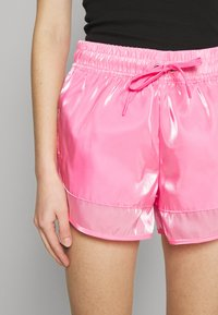 Nike Sportswear - AIR SHEEN - Shorts - pink glow/black - 4