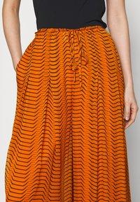 Diane von Furstenberg - ADAIR - Trousers - orange - 5