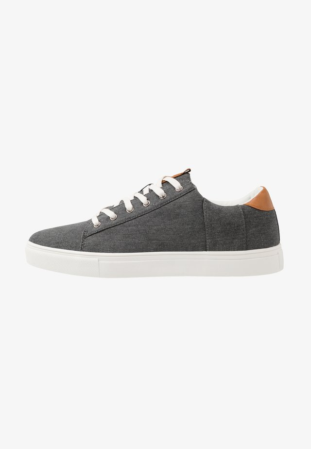DICKSON CLASSIC - Sneakers - washed black/white