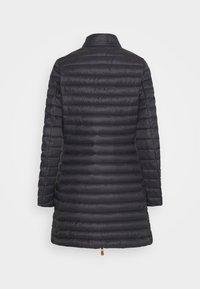 Save the duck - GIGA BRYANNA DETACHABLE HOODED - Winter coat - black - 8