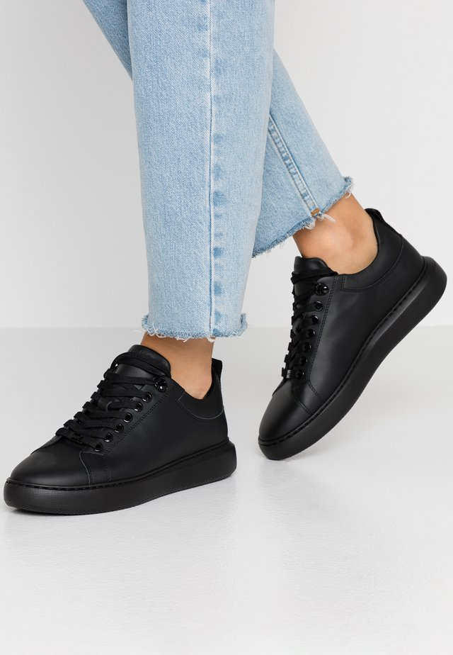 ROX MARLOW - Trainers - black raven