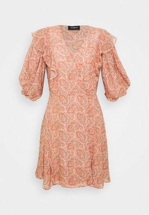 FROB - Denní šaty - pink