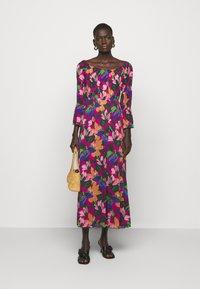 Diane von Furstenberg - CHERYL - Vapaa-ajan mekko - multi-coloured - 1