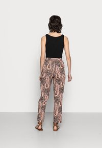 Soyaconcept - OLGA - Trousers - biscuit combi - 3