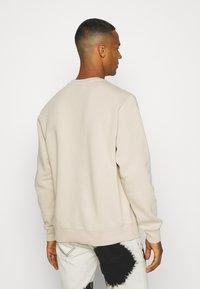 Nike Sportswear - CLUB CREW - Felpa - grain - 2