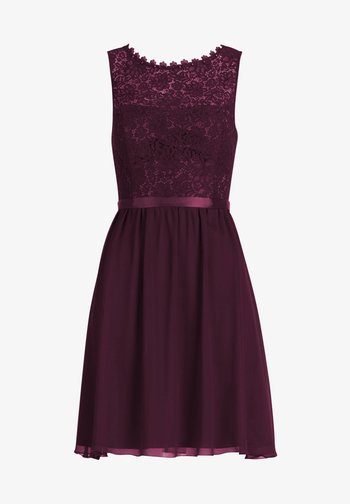 Cocktail dress / Party dress - shiny bordeaux