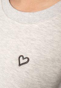 alife & kickin - HELEN  - Sweatshirt - white - 4