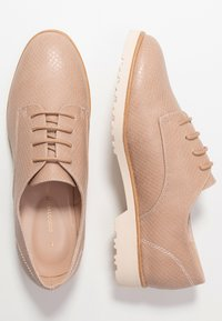 Dorothy Perkins - LUSH - Šněrovací boty - light pink - 1