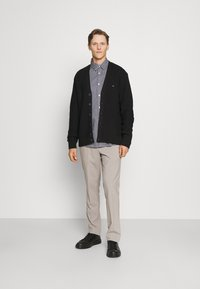 Tommy Hilfiger Tailored - RACKED  - Cardigan - black - 1