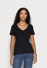 Anna Field Petite - 3 PACK V NECK  - T-shirt basic - black / white / light grey - 3