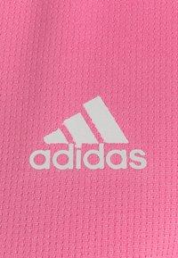 adidas Performance - OWN THE RUN TEE - T-shirts med print - semi solar pink - 2