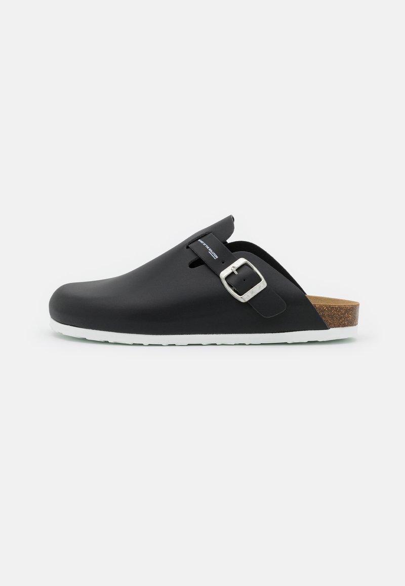 F_WD - Pantofle - black