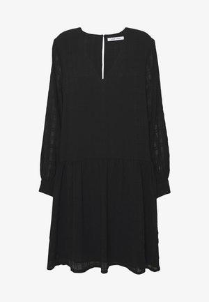 MILLO DRESS - Kjole - black
