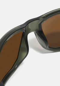 Oakley - GIBSTON UNISEX - Sunglasses - olive ink - 3