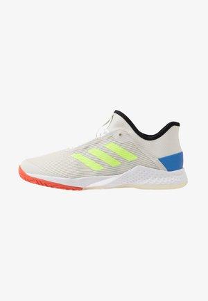 ADIZERO CLUB - Multicourt tennis shoes - orbit grey /signal green/glow blue