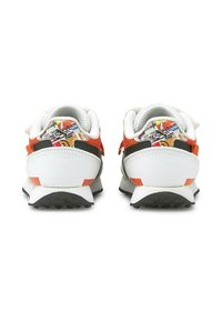 Puma - Trainers - white-tigerlily - 2