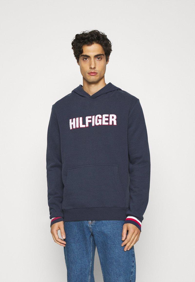 Tommy Hilfiger - OH HOODIE  - Pyjamasöverdel - blue