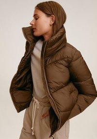 Mango - CLOCK - Zimní bunda - braun - 5