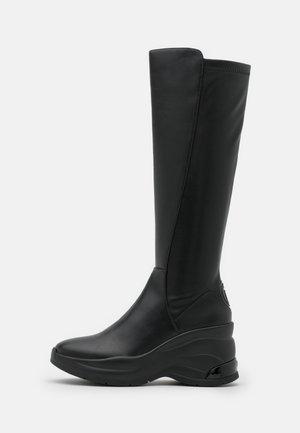KARLIE REVOLUTION - Platform boots - black