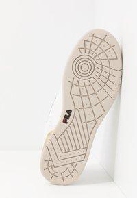 Fila - NETPOINT - Sneakers - white/antique white - 4
