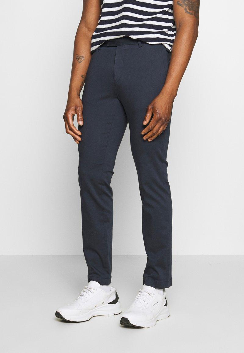 Sand Copenhagen - CRAIG  - Pantalones chinos - dark blue