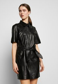 STUDIO ID - JENNIFER DRESS - Robe chemise - black - 0