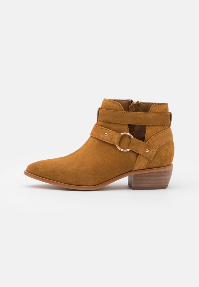 WIDE FIT ASPEN - Ankle boots - tan