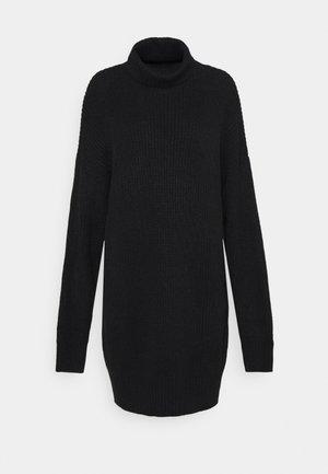 PREMIUM BOYFRIEND ROLL NECK DRESS - Sukienka dzianinowa - black