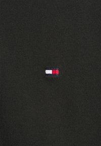 Tommy Hilfiger - COLLAR - Polo shirt - black - 5
