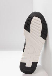 New Balance - CM 997 - Trainers - black - 4