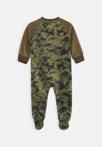 Nike Sportswear - CRAYON CAMO FOOTED COVERALL - Pyjamas - medium olive - 1