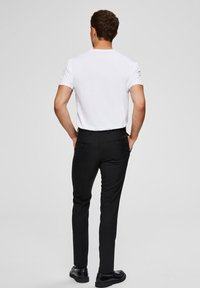 Selected Homme - Basic T-shirt - bright white - 2