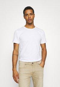 KnowledgeCotton Apparel - ALDER TEE 2 PACK - T-shirt - bas - grey melange - 1