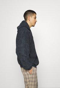 Vintage Supply - CORE OVERDYE HOODIE - Sweatshirt - black - 3