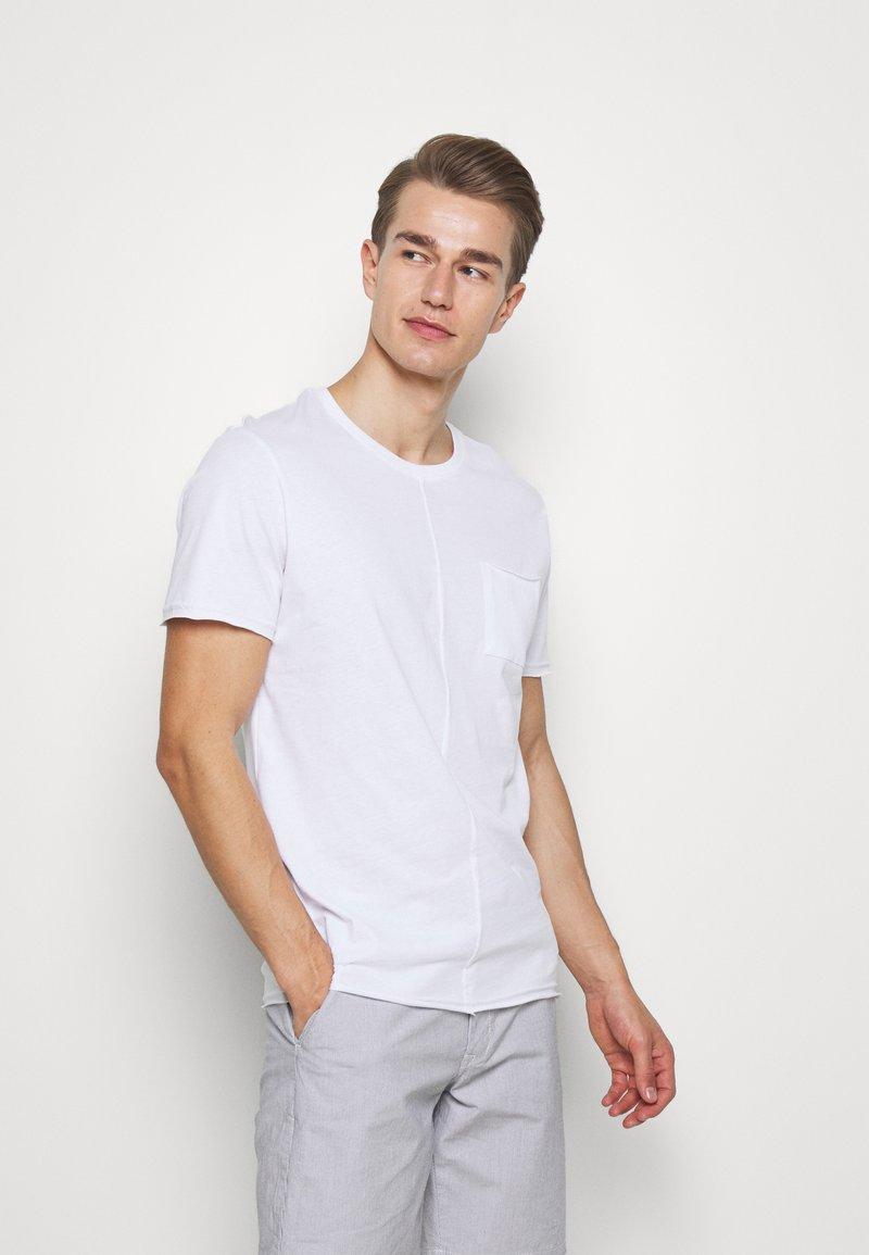 Pier One - Camiseta básica - white