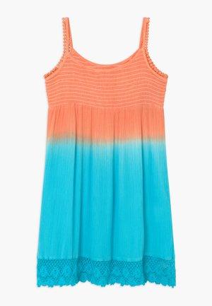 SMALL GIRLS - Denní šaty - canteloupe